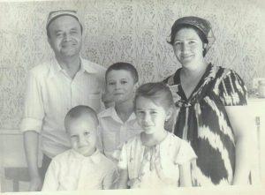 My family (Tashkent. 1981)